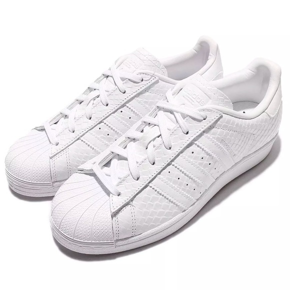 finest selection 3328e 3b5ae Adidas Originals Superstar White Snakeskin Size10
